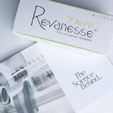 ▫️Esthetic Dermal Supply presents Revanesse® Pure in promotion ! 75€ at estheticdermalsupply.com   Revanesse® Pure is a unique non-cross linked hyaluronic acid gel. Revanesse® Pure is the purest non-cross linked gel in the Revanesse range.